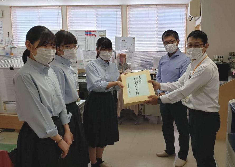 マスク寄付2